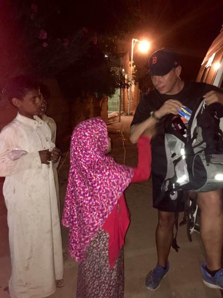 Egyiptom, szamár, koldus, kéregető gyerekek