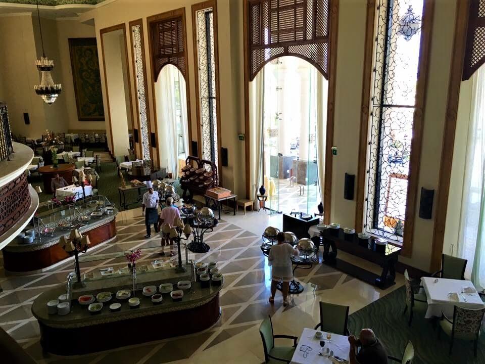 Egyiptom, Hurghada, Marsa alam. The palace port galib hotel étterme belül.