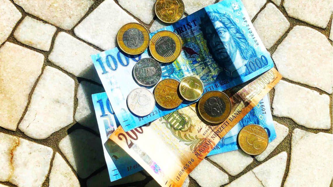 a pénzparaziták nem hoznak boldogságot)