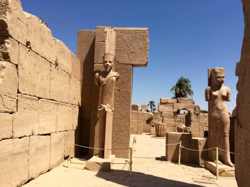 amon ré fáraó, szobor, karnaki-templom, Egyiptom, luxor,
